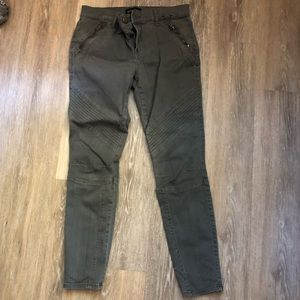 Express Ankle Jeggings in Gray